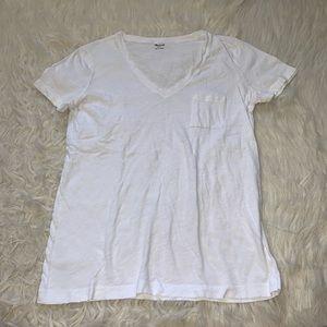 4/$25 Madewell white t-shirt v-neck top pocket